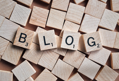 How To Decide Between The Two Blogging Platforms